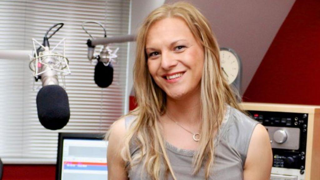 Viking FM dating 40 + Ταχύτητα dating επανάσταση Μίλτον Keynes