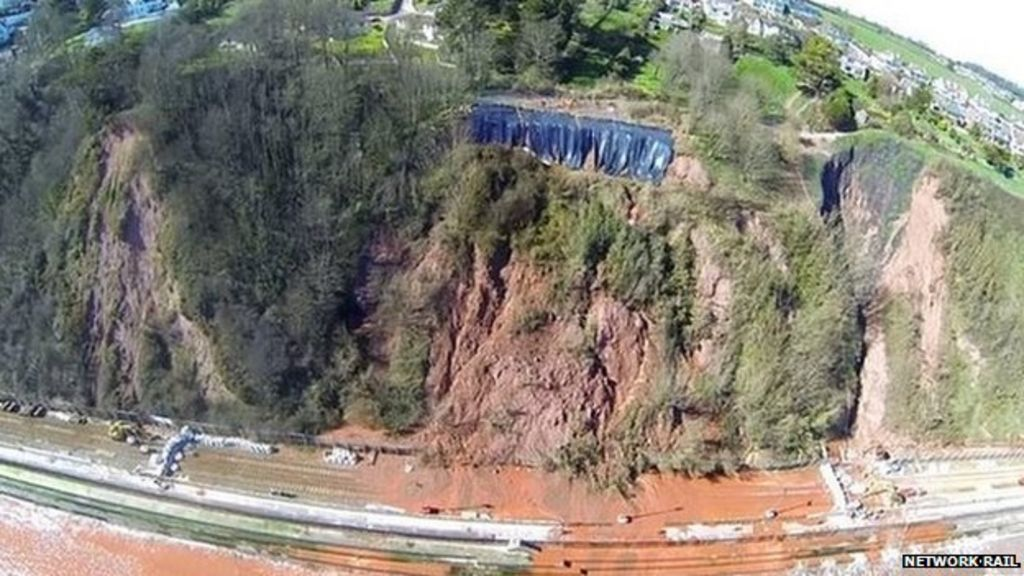 dawlish storms rail line 39 threatened by cliff homes 39 bbc. Black Bedroom Furniture Sets. Home Design Ideas