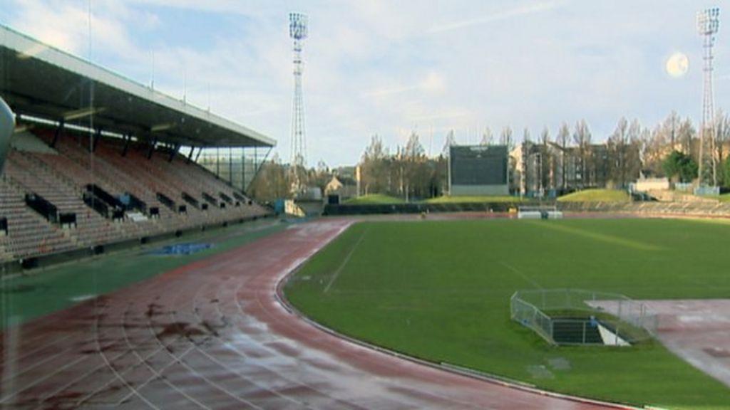 Edinburgh's Meadowbank stadium fate being considered - BBC News