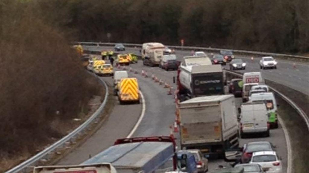 m5 motorway crash driver killed near cullompton bbc news. Black Bedroom Furniture Sets. Home Design Ideas
