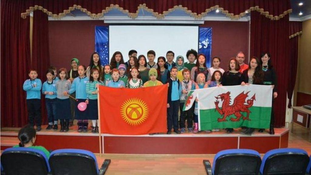 Wales v Scotland: Calon Lân - 6 Nations 2014 - BBC Cymru ...