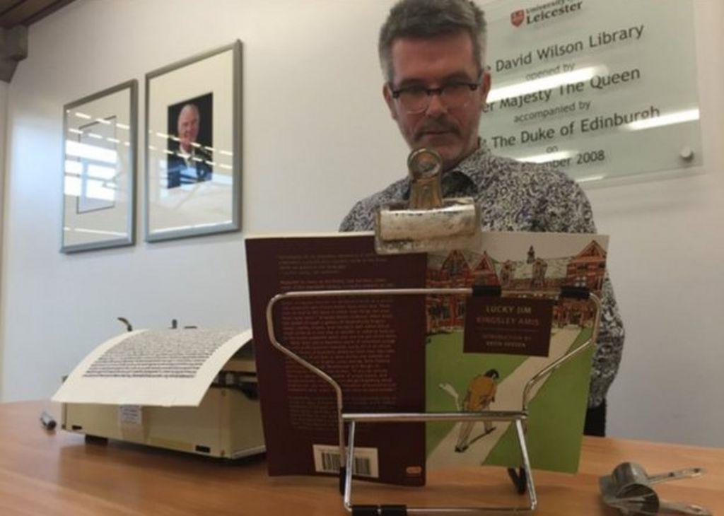 Kingsley Amis novel retyped by artist Tim Youd - BBC News