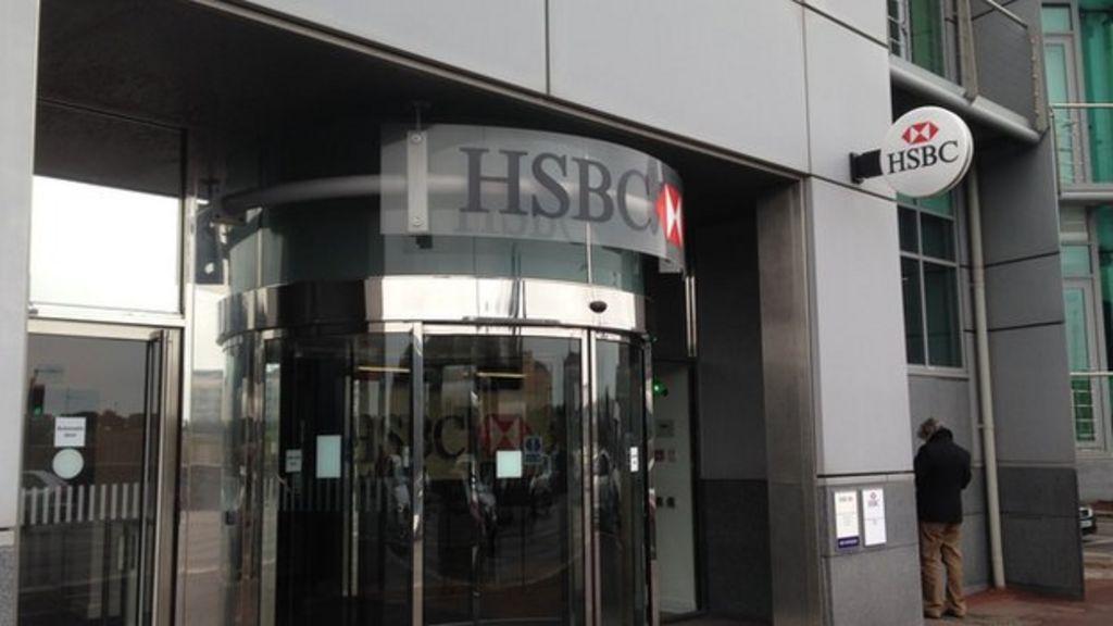 HSBC closing Britons' Jersey accounts amid ID checks - BBC News
