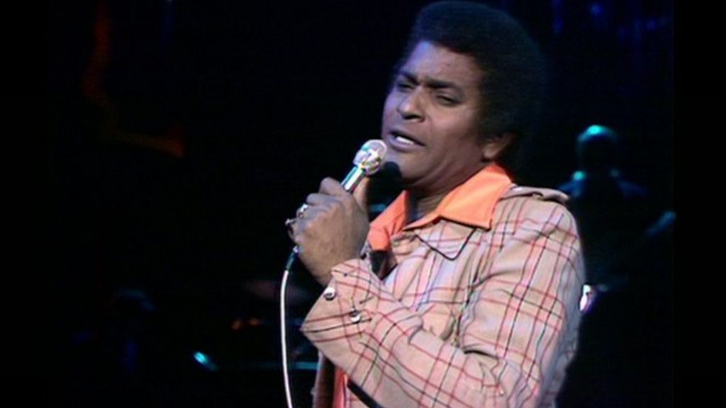 Country singer charley pride returns to the uk bbc news mozeypictures Images