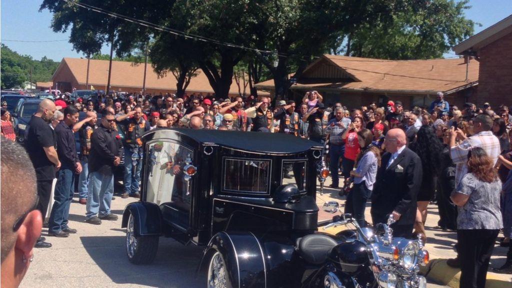 Inside A Texas Biker Gang Funeral - Bbc News-9683
