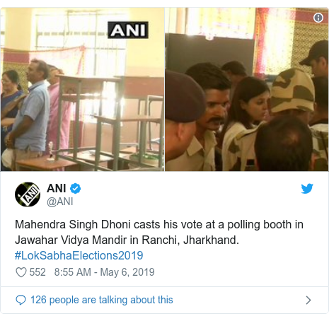 Twitter post by @ANI: Mahendra Singh Dhoni casts his vote at a polling booth in Jawahar Vidya Mandir in Ranchi, Jharkhand. #LokSabhaElections2019