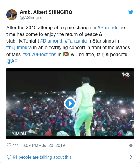 Twitter ubutumwa bwa @AShingiro: After the 2015 attemp of regime change in #Burundi the time has come to enjoy the return of peace & stability.Tonight #Diamond, #Tanzania-n Star sings in #bujumbura in an electrifying concert in front of thousands of fans. #2020Elections in 🇧🇮 will be free, fair, & peaceful! @AP