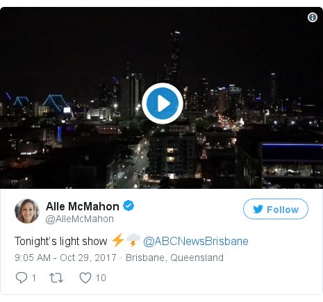 Twitter post by @AlleMcMahon: Tonight's light show ⚡️🌩 @ABCNewsBrisbane