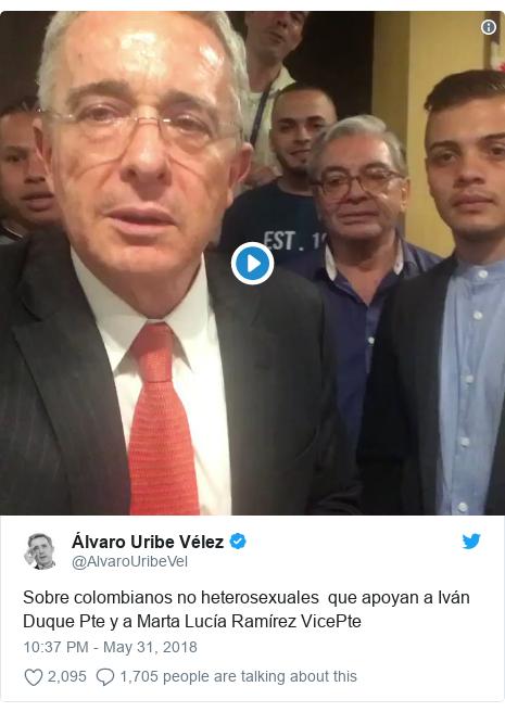 Twitter post by @AlvaroUribeVel: Sobre colombianos no heterosexuales  que apoyan a Iván Duque Pte y a Marta Lucía Ramírez VicePte