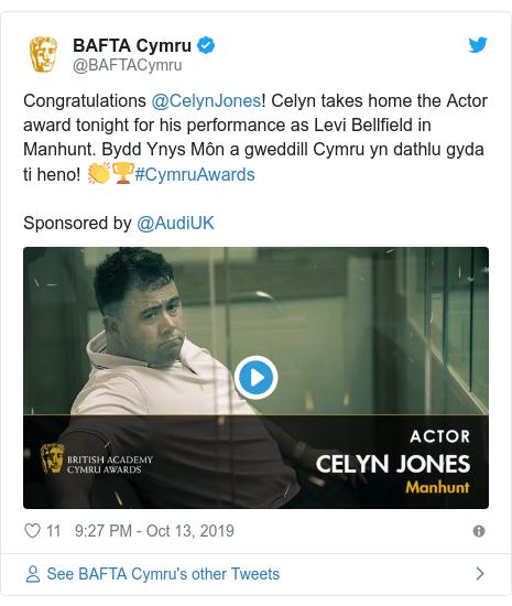 Twitter post by @BAFTACymru: Congratulations @CelynJones! Celyn takes home the Actor award tonight for his performance as Levi Bellfield in Manhunt. Bydd Ynys Môn a gweddill Cymru yn dathlu gyda ti heno! 👏🏆#CymruAwardsSponsored by @AudiUK