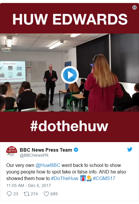Neges Twitter gan @BBCNewsPR: Our very own @HuwBBC went back to school to show young people how to spot fake or false info. AND he also showed them how to #DoTheHuw 👔💁‍♂️#CGMS17