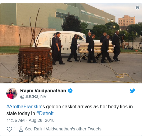 Twitter post by @BBCRajiniV: #ArethaFranklin's golden casket arrives as her body lies in state today in #Detroit.