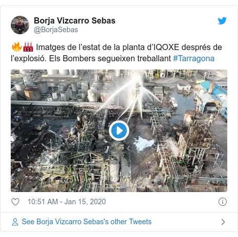 Twitter post by @BorjaSebas: 🔥🏭 Imatges de l'estat de la planta d'IQOXE després de l'explosió. Els Bombers segueixen treballant #Tarragona