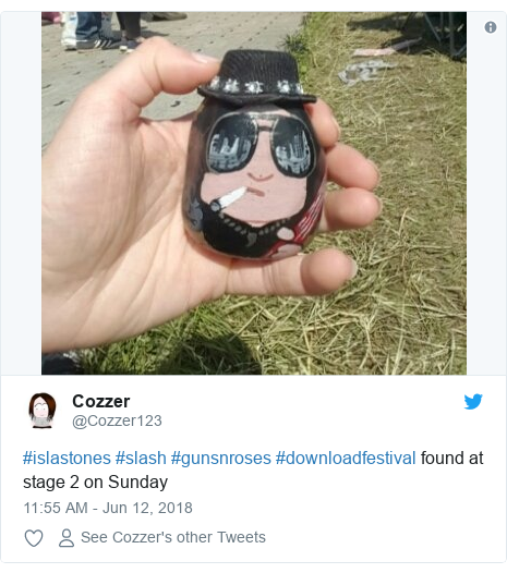 Twitter post by @Cozzer123: #islastones #slash #gunsnroses #downloadfestival found at stage 2 on Sunday