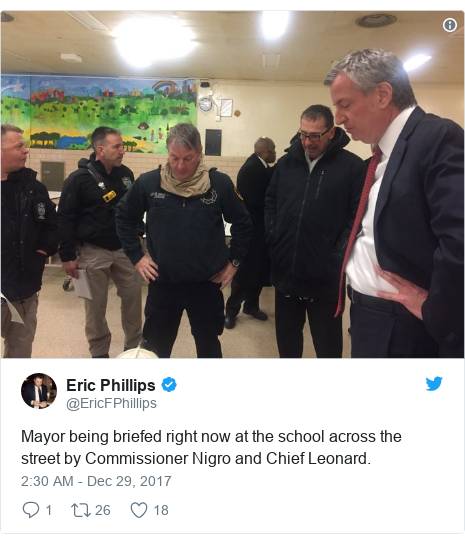 Twitter post by @EricFPhillips: Mayor being briefed right now at the school across the street by Commissioner Nigro and Chief Leonard.
