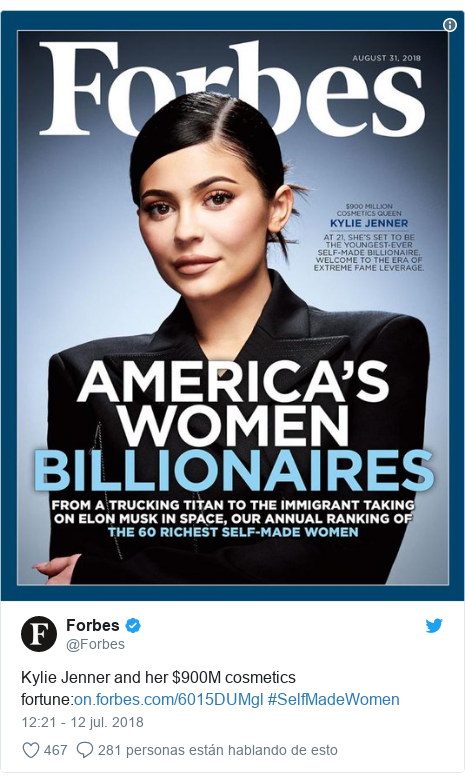 Publicación de Twitter por @Forbes: Kylie Jenner and her $900M cosmetics fortune  #SelfMadeWomen