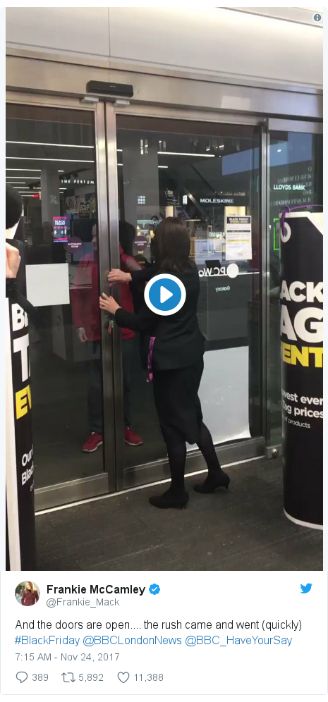 Twitter post by @Frankie_Mack: And the doors are open.... the rush came and went (quickly) #BlackFriday @BBCLondonNews @BBC_HaveYourSay