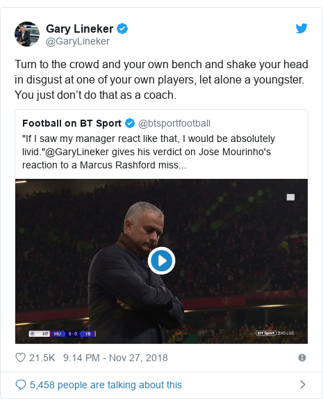 Twitter wallafa daga @GaryLineker: Turn to the crowd and your own bench and shake your head in disgust at one of your own players, let alone a youngster. You just don't do that as a coach.
