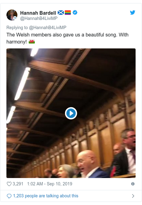 Twitter post by @HannahB4LiviMP: The Welsh members also gave us a beautiful song. With harmony! 🏴󠁧󠁢󠁷󠁬󠁳󠁿