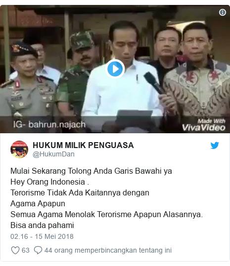 Twitter pesan oleh @HukumDan: Mulai Sekarang Tolong Anda Garis Bawahi yaHey Orang Indonesia .Terorisme Tidak Ada Kaitannya dengan Agama ApapunSemua Agama Menolak Terorisme Apapun Alasannya.Bisa anda pahami