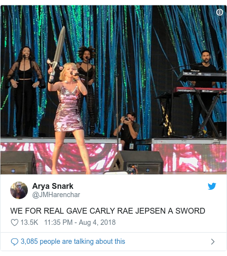 Twitter post by @JMHarenchar: WE FOR REAL GAVE CARLY RAE JEPSEN A SWORD