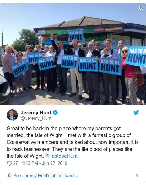 Twitter post by @Jeremy_Hunt: Great to be back in the place where my parents got married, the Isle of Wight. I met with a fantastic group of Conservative members and talked about how important it is to back businesses. They are the life blood of places like the Isle of Wight. #HastobeHunt