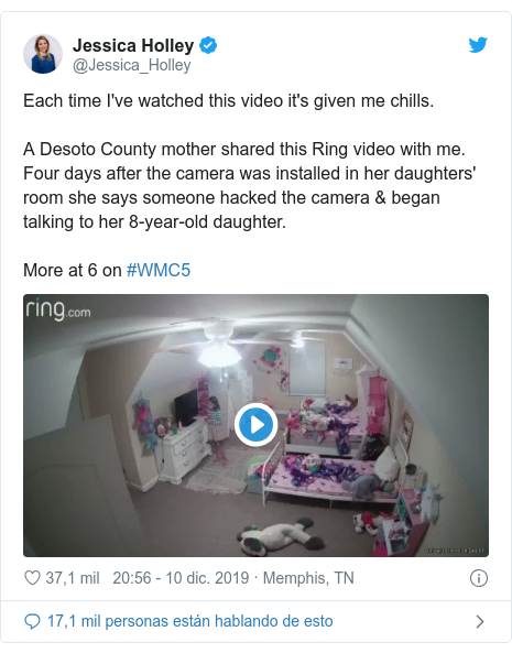 Publicación de Twitter por @Jessica_Holley: Each time I've watched this video it's given me chills. A Desoto County mother shared this Ring video with me. Four days after the camera was installed in her daughters' room she says someone hacked the camera & began talking to her 8-year-old daughter.More at 6 on #WMC5