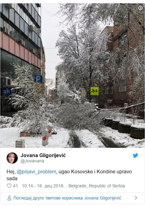 Twitter post by @Jovanana: Hej, @prijavi_problem, ugao Kosovske i Kondine upravo sada