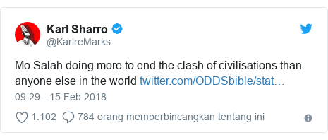 Twitter pesan oleh @KarlreMarks: Mo Salah doing more to end the clash of civilisations than anyone else in the world