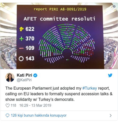 @KatiPiri tarafından yapılan Twitter paylaşımı: The European Parliament just adopted my #Turkey report, calling on EU leaders to formally suspend accession talks & show solidarity w/ Turkey's democrats.