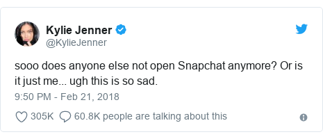 Ujumbe wa Twitter wa @KylieJenner: sooo does anyone else not open Snapchat anymore? Or is it just me... ugh this is so sad.