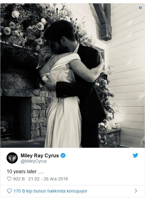 @MileyCyrus tarafından yapılan Twitter paylaşımı: 10 years later .....
