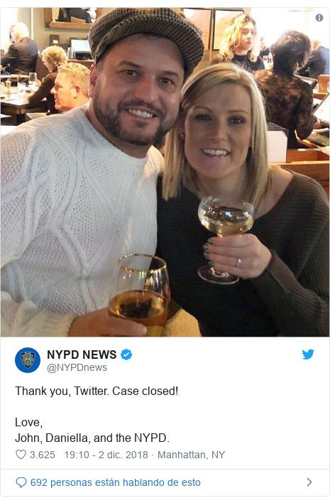 Publicación de Twitter por @NYPDnews: Thank you, Twitter. Case closed!Love, John, Daniella, and the NYPD.