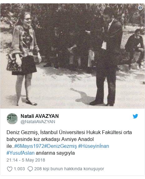 @NataliAVAZYAN tarafından yapılan Twitter paylaşımı: Deniz Gezmiş, İstanbul Üniversitesi Hukuk Fakültesi orta bahçesinde kız arkadaşı Avniye Anadol ile..#6Mayıs1972#DenizGezmiş #Hüseyinİnan #YusufAslan anılarına saygıyla
