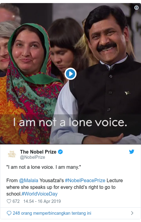 """Twitter pesan oleh @NobelPrize: """"I am not a lone voice. I am many.""""From @Malala Yousafzai's #NobelPeacePrize Lecture where she speaks up for every child's right to go to school.#WorldVoiceDay"""