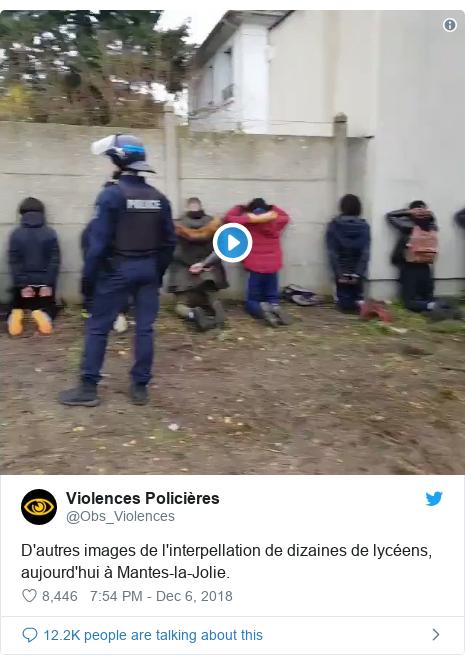 Twitter post by @Obs_Violences: D'autres images de l'interpellation de dizaines de lycéens, aujourd'hui à Mantes-la-Jolie.