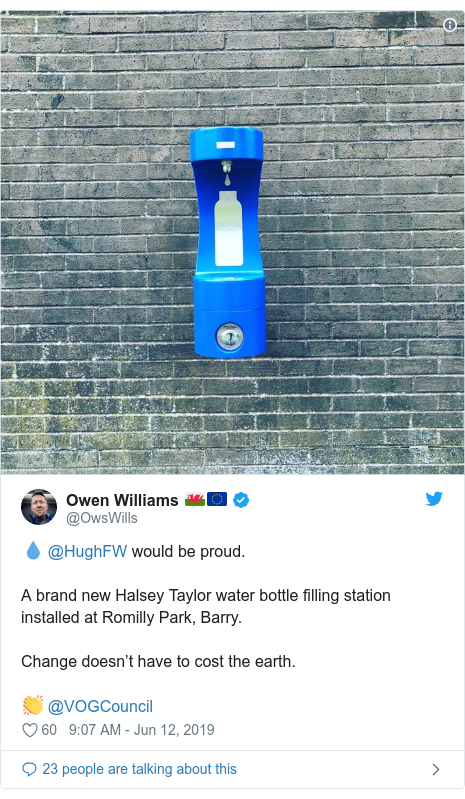 Twitter post by @OwsWills: 💧 @HughFW would be proud. A brand new Halsey Taylor water bottle filling station installed at Romilly Park, Barry.Change doesn't have to cost the earth.👏 @VOGCouncil