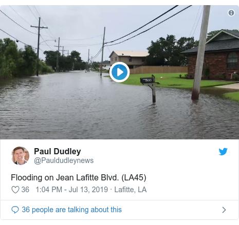Twitter post by @Pauldudleynews: Flooding on Jean Lafitte Blvd. (LA45)