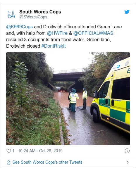 Twitter post by @SWorcsCops: @K999Cops and Droitwich officer attended Green Lane and, with help from @HWFire & @OFFICIALWMAS, rescued 3 occupants from flood water. Green lane, Droitwich closed #DontRiskIt