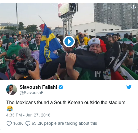 Twitter post by @SiavoushF: The Mexicans found a South Korean outside the stadium 😂