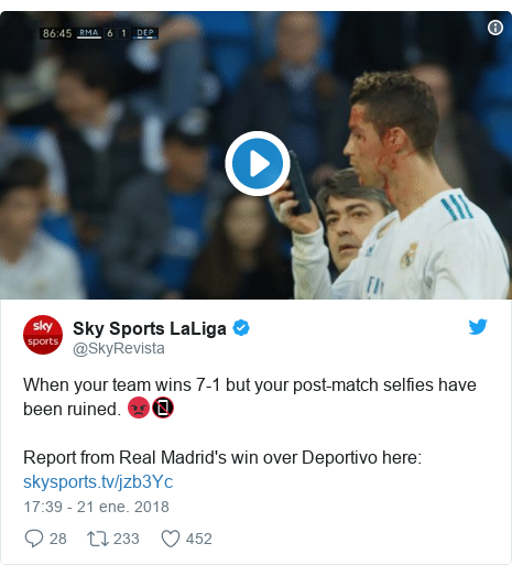 Publicación de Twitter por @SkyRevista: When your team wins 7-1 but your post-match selfies have been ruined. 😡📵Report from Real Madrid's win over Deportivo here