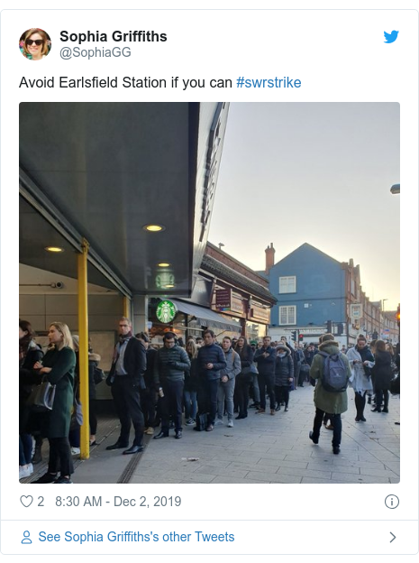 Twitter post by @SophiaGG: Avoid Earlsfield Station if you can #swrstrike