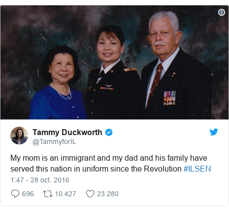 Publicación de Twitter por @TammyforIL: My mom is an immigrant and my dad and his family have served this nation in uniform since the Revolution #ILSEN