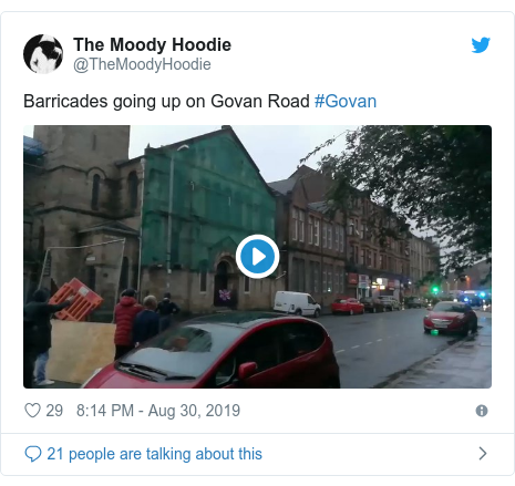 Twitter post by @TheMoodyHoodie: Barricades going up on Govan Road #Govan