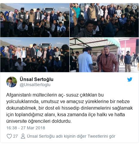 @UnsalSertoglu tarafından yapılan Twitter paylaşımı: Afganistanlı mültecilerin aç- susuz çıktıkları bu yolculuklarında, umutsuz ve amaçsız yüreklerine bir nebze dokunabilmek, bir dost eli hissedip dinlenmelerini sağlamak için toplandığımız alanı, kısa zamanda ilçe halkı ve hatta üniversite öğrencileri doldurdu.