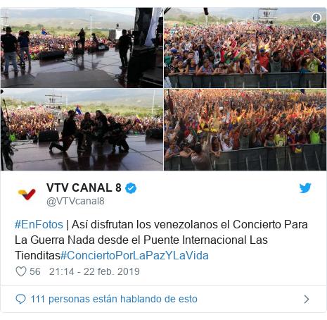 Publicación de Twitter por @VTVcanal8: #EnFotos | Así disfrutan los venezolanos el Concierto Para La Guerra Nada desde el Puente Internacional Las Tienditas#ConciertoPorLaPazYLaVida