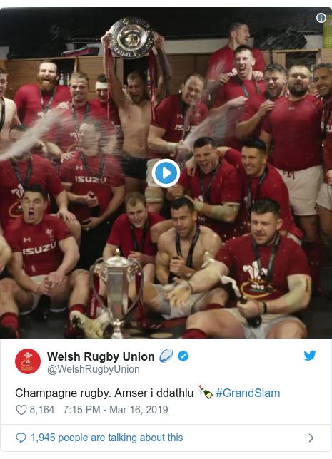 Twitter post by @WelshRugbyUnion: Champagne rugby. Amser i ddathlu 🍾 #GrandSlam