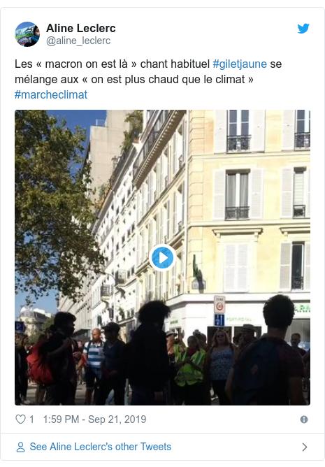 Twitter post by @aline_leclerc: Les «macron on est là» chant habituel #giletjaune se mélange aux «on est plus chaud que le climat» #marcheclimat