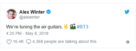 Twitter post by @alxwinter: We're tuning the air guitars.🤘🎬 #BT3