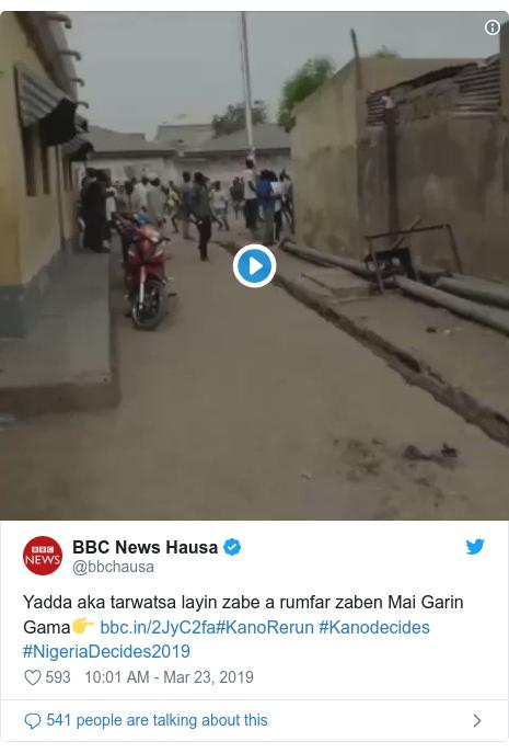 Twitter post by @bbchausa: Yadda aka tarwatsa layin zabe a rumfar zaben Mai Garin Gama👉 #KanoRerun #Kanodecides #NigeriaDecides2019